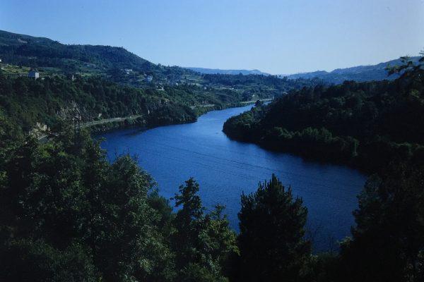 Río Miño ao seu paso polo concello